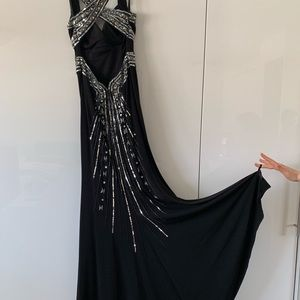 Niki lavis Formal Prom black halter dress backless